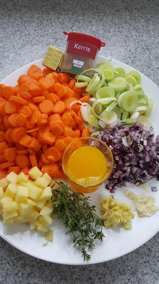 Worteltjestaart ken je vast wel, maar wortelsoep? Met deze prachtige ingrediënten maak je een overheerlijke wortelsoep. Super gezond en lekker! Kijk voor meer informatie op www.dikkevriendin.nl