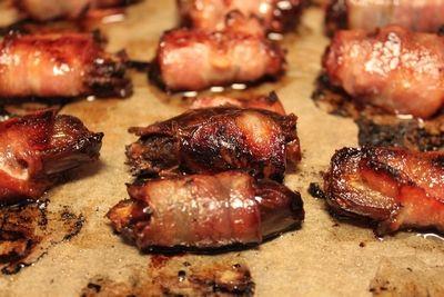 Baconsurrede dadler, gambas, serranoskinke, saltbakte poteter og oliventapenade. (Hege'sKulinariskeFanatisme)