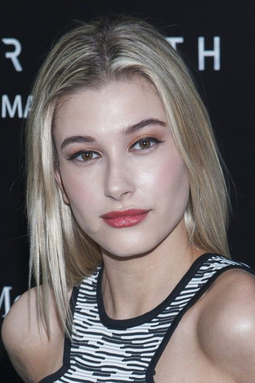 Image from http://stealherstyle.net/wp-content/uploads/2015/03/hailey-baldwin-hair-4-500x750.jpg.