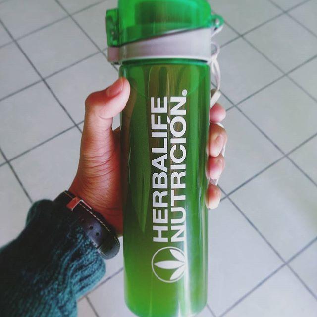 El tema de hoy es: Verde.  #Herbalife #Herbalife24 #lifestyle #Healthy #healthyfood #healthylife