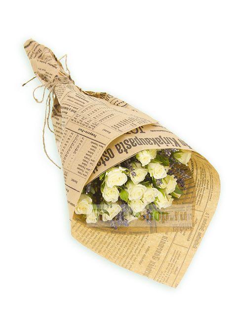Букет из роз и лаванды