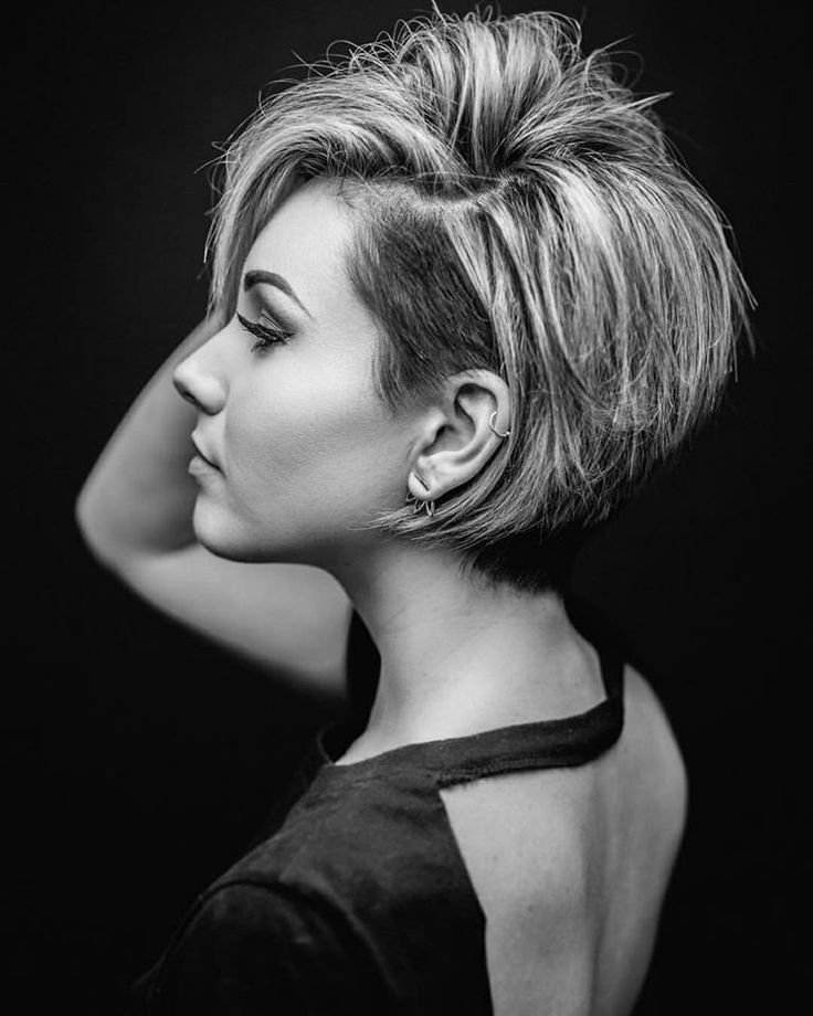 *** These ladies prove that a short hairstyle is really amazing !! What hairstyle do you guys think is the most beautiful …