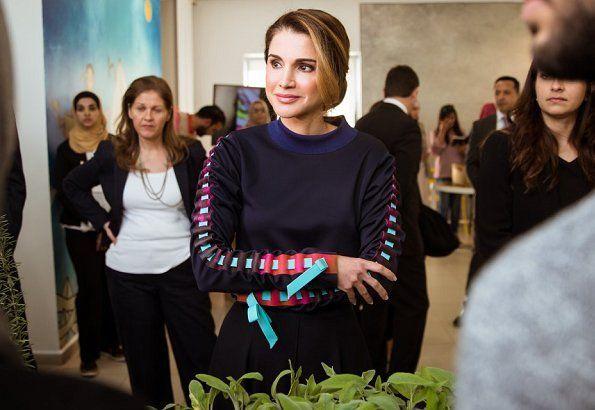 ♔♛Queen Rania of Jordan♔♛... Queen Rania Launches JRF's Mobile Technology Exhibition