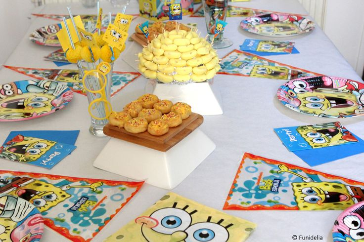 On décora la table pour l'anniversaire Bob l'éponge #party #bobleponge #spongebob #spongebobsquarepants. ******* Image par @ciel_de_coton (retrouvez-là sur Instagram)