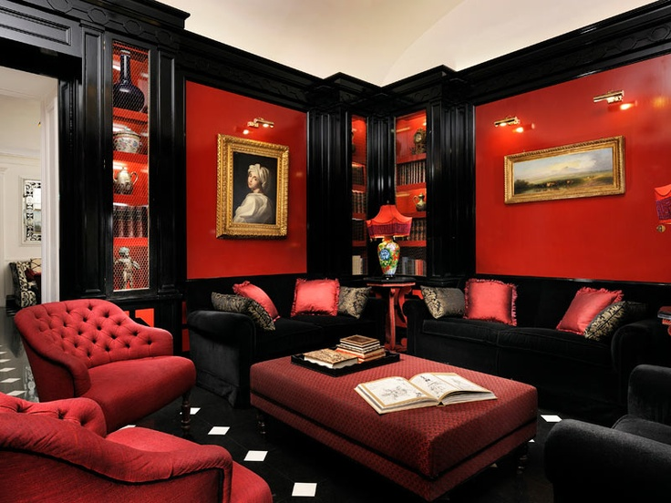 red ornaments living room hotel d inghilterra roma decor 17333