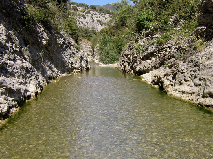 Gorges du Toulourenc - Provence - http://www.provenceguide.co.uk/home/vaucluse-in-provence/discover-vaucluse/territories.aspx