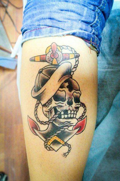 anchor and sailors' skull by Roman Tverskov