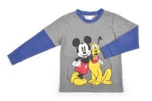 Camiseta para niño, en color gris. Mangas cortas y con doble manga larga por debajo en color azul. Estampado con Mickey y Pluto.