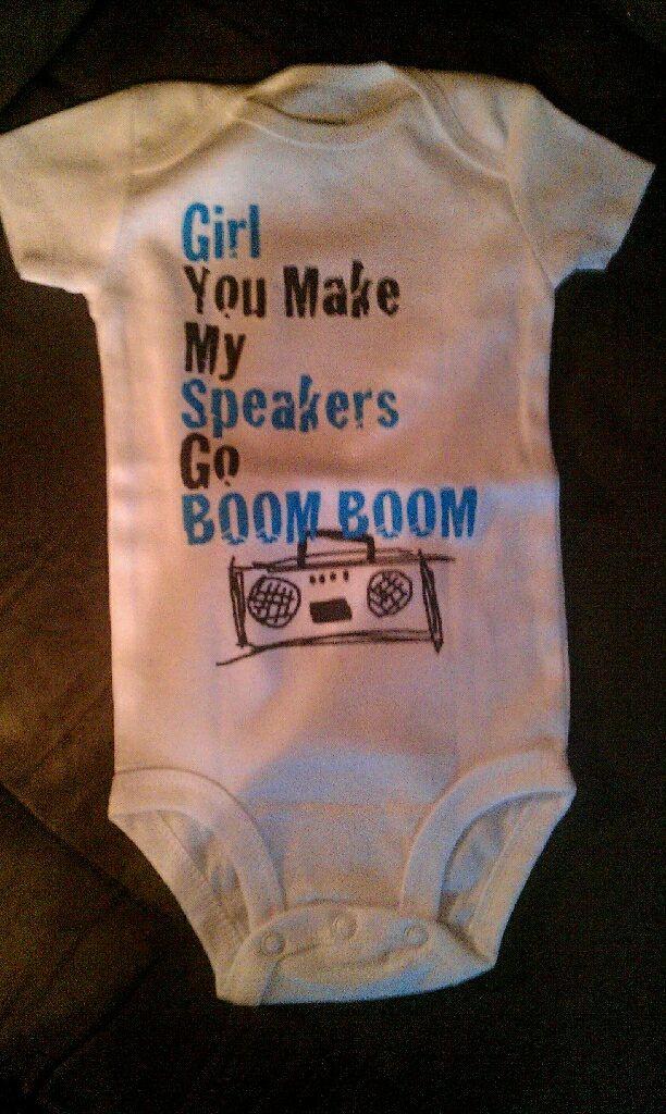 Retro Baby Wear Giveaway - http://smslwithheidi.com/2013/03/retro-baby-wear-giveaway.html