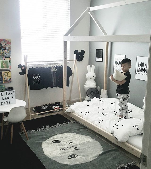 Happy FriYay friends! #stellartheceo in his new big boy room #tapfordetails #bedroomenvy #behindthebrand #tgif #stellarseven #aintnomamaliketheoneigot #mickeymouse #projectjunior