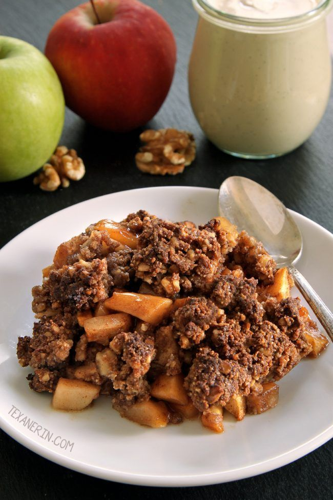 This paleo apple crisp is vegan, super easy and totally maple-sweetened. With a crunchy nut-based topping! Grain-free, gluten-free and dairy-free. With video.