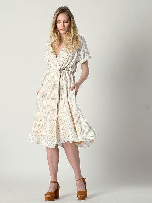 Bílé zavinovací šaty