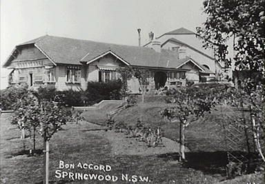 Bon Accord guest house, in Springwood. Hawkesbury Road, Springwood. It burnt to the ground in 1937.