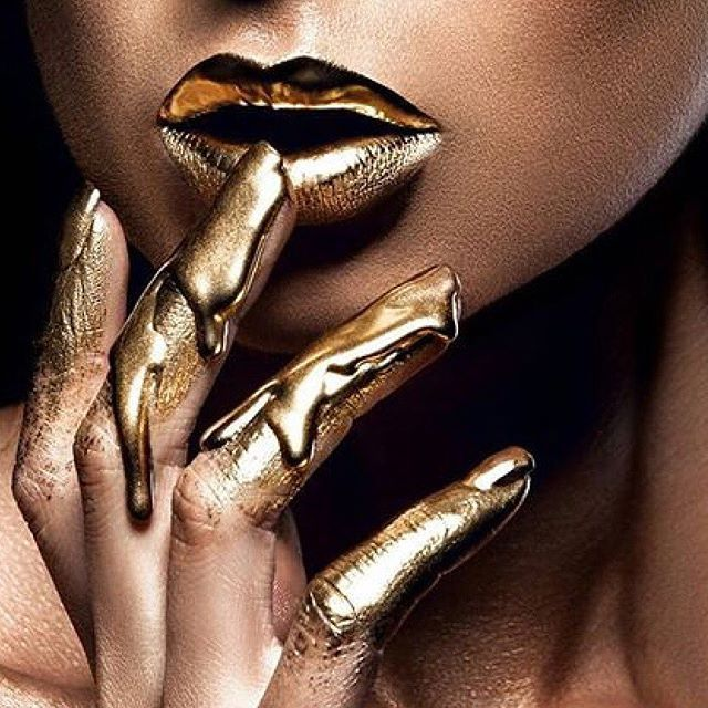 Dripping in liquid gold - This divine artistry was created by @vladamua. #MAJOR #Gold001 love. Amazing work!! ⚡️⚡️⚡️