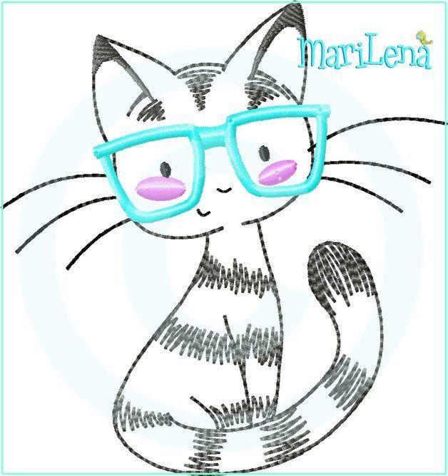 **Stickdatei / Stickmuster für die Stickmaschine kleine Katze mit Brille als Applikation.**   Dieses Motiv ist für den **10x10cm Rahmen**!  **ACHTUNG!!! Es handelt sich um ein Stickmotiv für...
