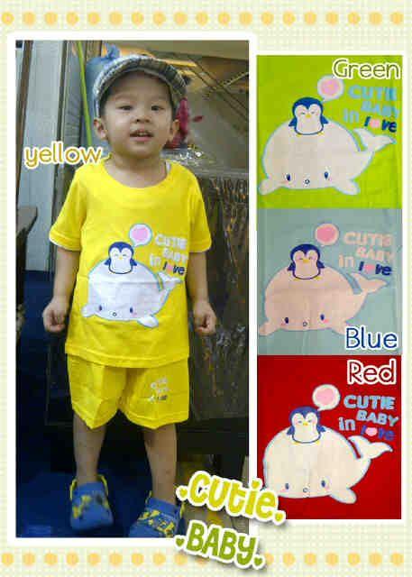 #Baju Anak Cutie Baby In Love 1pc ~ 45ribu/pc. Warna : Kuning, hijau, biru, merah. Bahan : 100% cotton. Ukuran : S ~ LD = 54cm, Pjg baju = 33cm, Pjg celana = 26cm (Sekitar 6bln - 1thn) M ~ LD = 58cm, Pjg baju = 36cm, Pjg celana = 29cm (Sekitar 1-2 thn) L ~ LD = 62cm, Pjg baju = 40cm, Pjg celana = 31cm (Sekitar 2-3 thn)