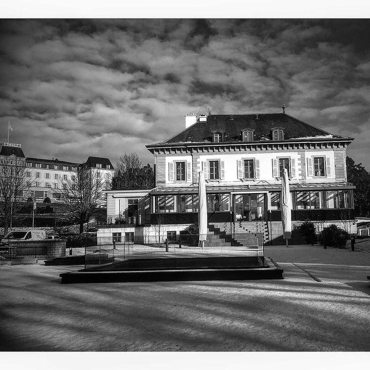 L'EHG et le CICR sous la neige  #geneve #geneva  #lakegeneva #lacleman #restaurant #ehg #ecole #cicr #museum #museecroixrouge #hotelschool #swisshotelschool #hotellerie #swissriviera #switzerland  #lac #riviera  #genevalake  #visitgeneva  #switzerland #lacdegeneve  #genevacity #lacleman  #igersuisse  #genevalive #ehgcampus #gastrosuisse #restaurant #hotelmanagementschoolgeneva #hmsg #ehgstudent #EHGLife