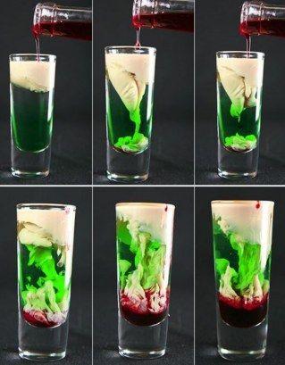 Grüner Halloween-Drink