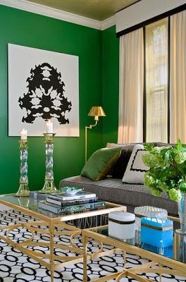 Verde esmeralda - renovação, clareza e rejuvenescimento.