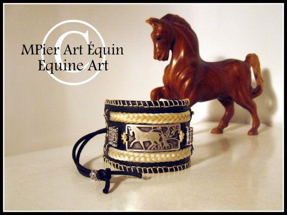 Bracelet de cuir souple avec tressages de crins par MPierArtEquin
