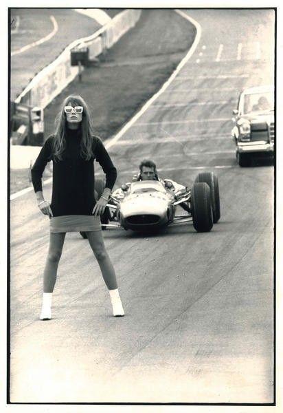 goodoldvalves: Yes, I have posted this before. Françoise Hardy makes this blog repeat itself all over again. But the love is just too much — come on, it's Françoise Hardy and Formula 1. via cosmosonic