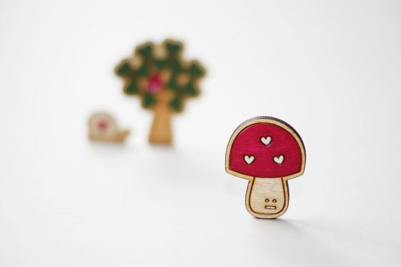 This toadstool brooch is super cute for autumn / winter, he has been laser cut from my drawing and looks totally cute worn on a scarf, hat, jacket or