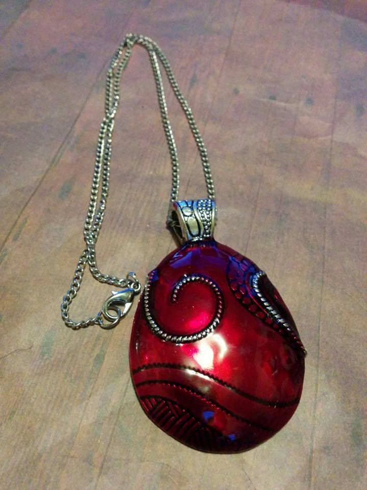 Red Metal Pendant Necklace - charm necklace - statement necklace - jewelry - jewlery - vintage - antique - victorian - retro - boho - charm by Blackrose37 on Etsy