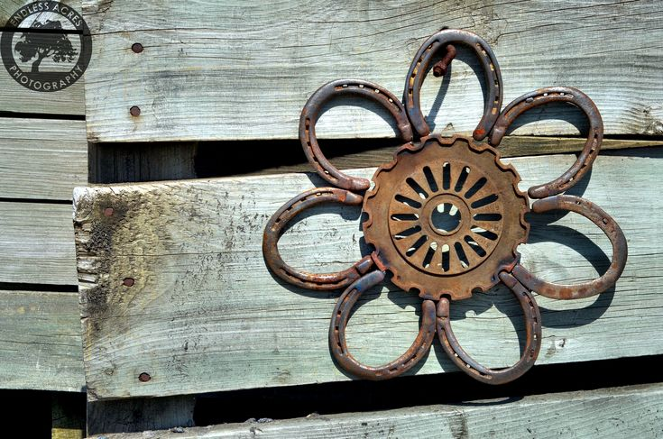 Awesome metal flower by Roosters Creations