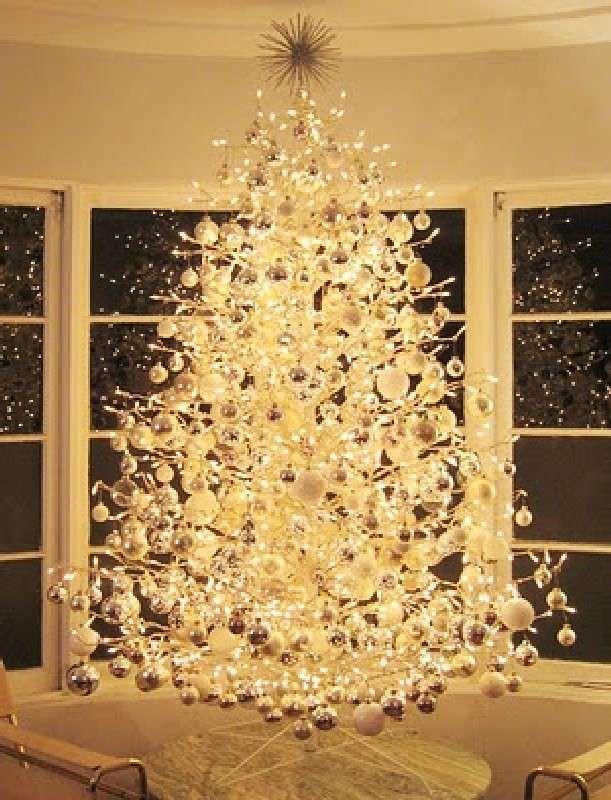Addobbi per l'albero di Natale - Albero di Natale bianco ed elegante