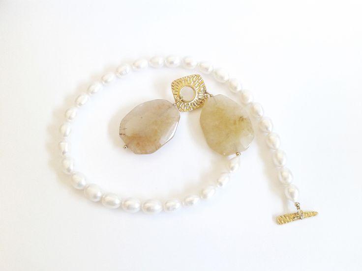 collana perle di fiume bianche e due pietre di quarzo giallo : Collane di tizianatar