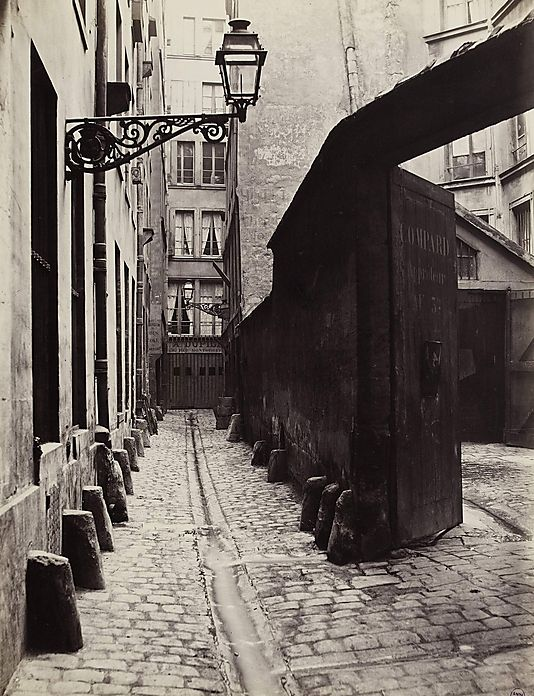 """Charles Marville, (French, 1813–1879). Impasse de la Bouteille from the rue Montorgeuil (Second Arrondissement), 1865–1868. Musée Carnavalet, Paris. © Musée Carnavalet / Roger-Viollet 