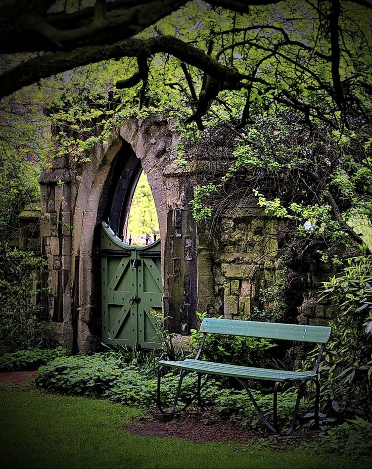 perfect alone nook and i want a tall wall somewhere in my garden. if i cant put one all the way around maybe i can make a little 90 degree-two wall-nook with a whimisical door. i have a picture for a screen door for my garden...why not a symbolic wall in the form of a little nook?: Secret Gardens, Gardengates, Dream, Garden Gates, By, Place, London England