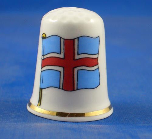 FINE PORCELAIN CHINA THIMBLE -  FLAG OF ICELAND -- FREE GIFT BOX