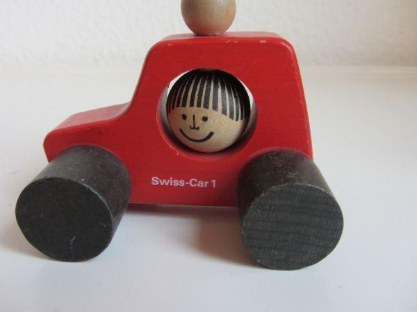 Rot swiss car 1 Nr. 9501 - Peter Schweizer-Scolari  by Naef Spiele.
