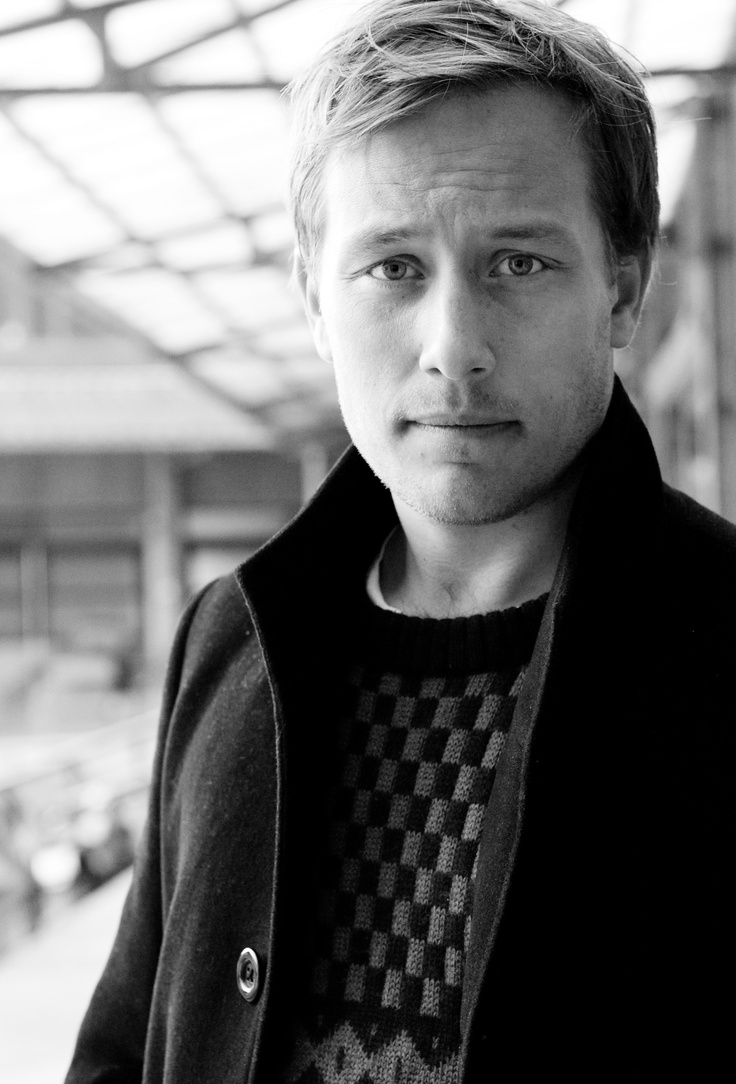 Anders Frithiof August, Screenwriter of APPLAUSE