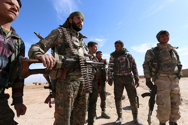 US-backed Syrian forces seize dam west of Raqqa from Daesh http://betiforexcom.livejournal.com/24441007.html  US-backed Syrian militias said they seized a major dam on the Euphrates river from Daesh on Sunday, their latest gain as they push towards Raqqa city. The Syrian Democratic Forces, an alliance of Kurdish and Arab fighters, said they captured the Baath Dam in the morning, renaming it Freedom Dam. The hydroelectric dam lies some 22 km upstream of Raqqa, Daesh's base of operations in…