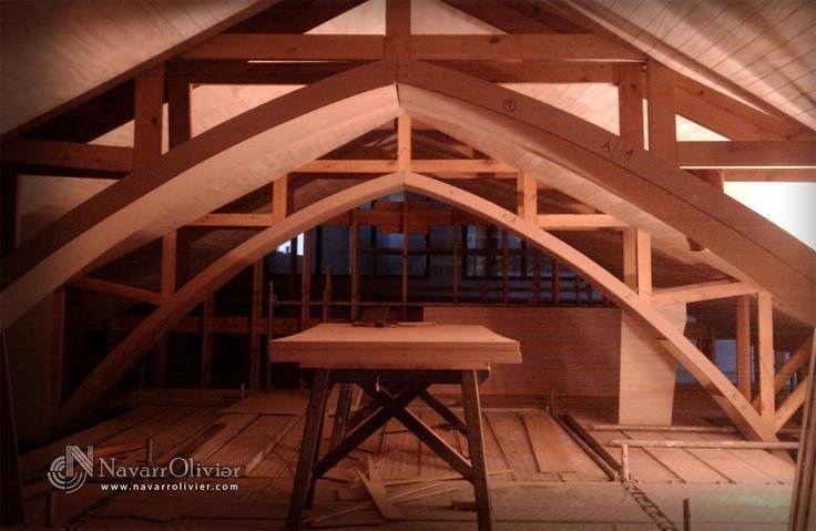 Construcción de estructura suspendida. Cubierta de sinagoga construida a tamaño real, Castillo de Lorca, Murcia by NavarrOlivier.com