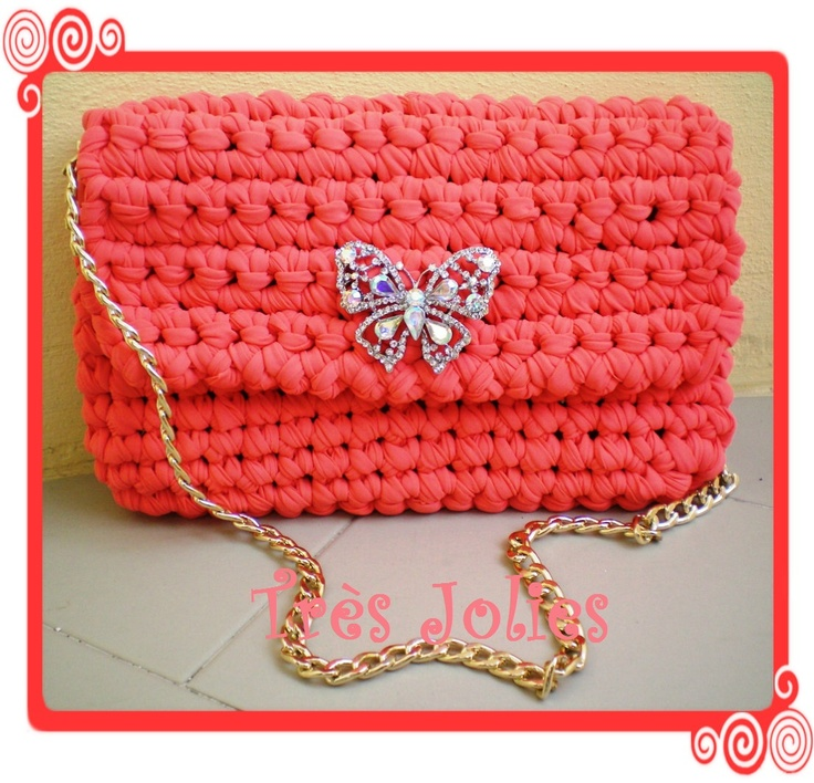 Love this clutch bag.. <3 <3 <3
