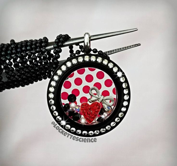 Origami Owl. Minnie Mouse locket. CharmingLocketsByAline.OrigamiOwl.com