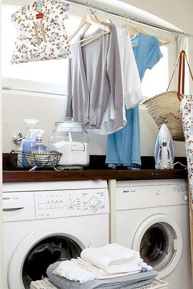 Een goede plek om de was te doen is belangrijk, hoe weinig ruimte je ook hebt. Een plek waar al je wasproducten binnen handbereik zijn en je meer dan voldoende plaats hebt om goed voor je kleding te zorgen. Lekker in het Leven vertelt je hoe je zo'n plek het beste inricht én geeft je energiebesparende tips.