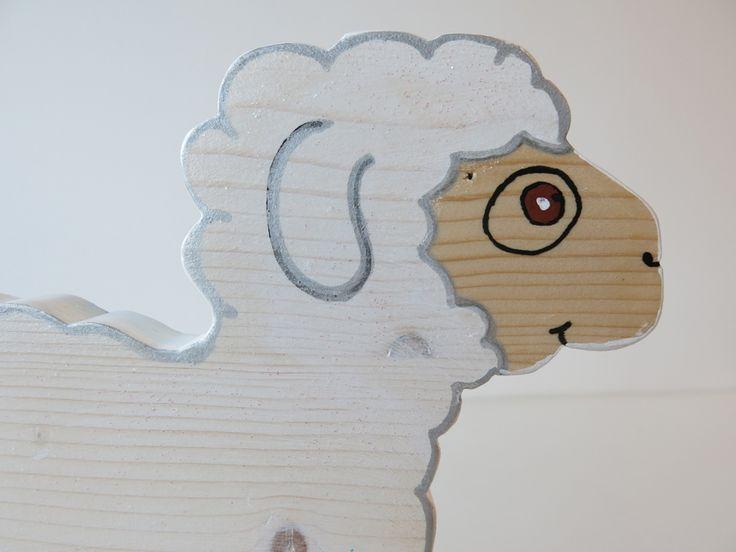 Mouton à roulettes en bois - Arche aux jouets - L' Arche aux jouets - Conso-solidaires.org