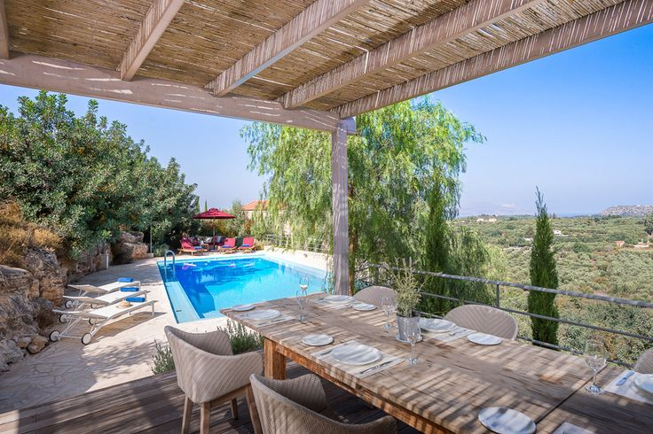Villa Levanda Crete Sleeps up to 6. A stylish house with spectacular views over countryside to the coast, this luxury villa in Crete offers every modern comfort, in a blissfully peaceful spot for undisturbed relaxation.
