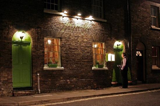Pea Porridge Restaurant exterior,  28-29 Cannon Street, Bury St Edmunds, IP33 1JR