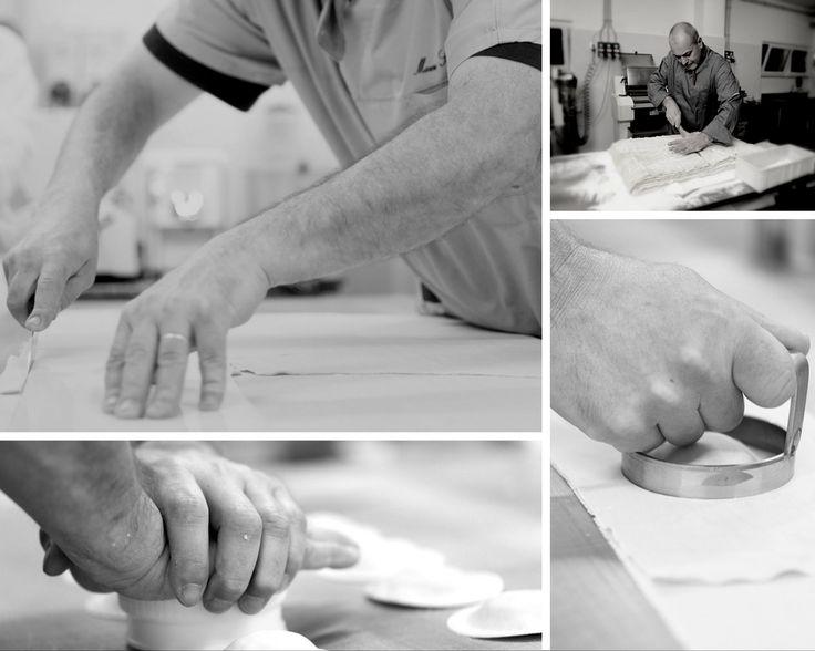 Il nostro è un lavoro artigianale fatto di tecnica, tecnologia ma soprattutto di tanti piccoli, semplici gesti quotidiani.