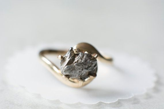 """Meteorite Ring with 14K Gold and Campo del Cielo Meteorite - Engagement Ring """"Josephine"""""""