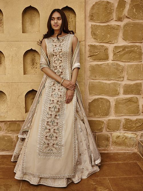 You have got to check out the latest Anita Dongre bridal wear outfits. On the blog. #Frugal2Fab
