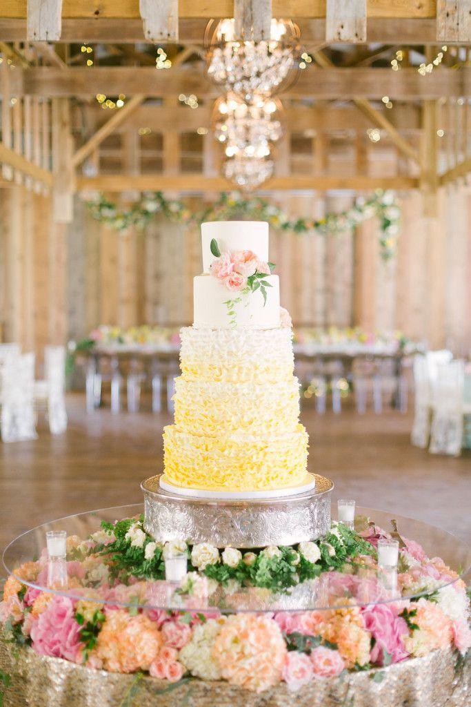 columbus ohio weddings Jorgensen Farms Wedding cake, flowers by madison house designs