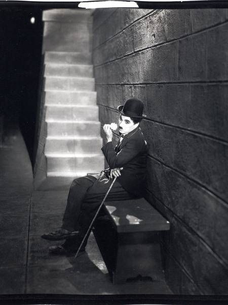 Charlie Chaplin: City Lights  happy bisthday charles!!! and thanks for all!!!!