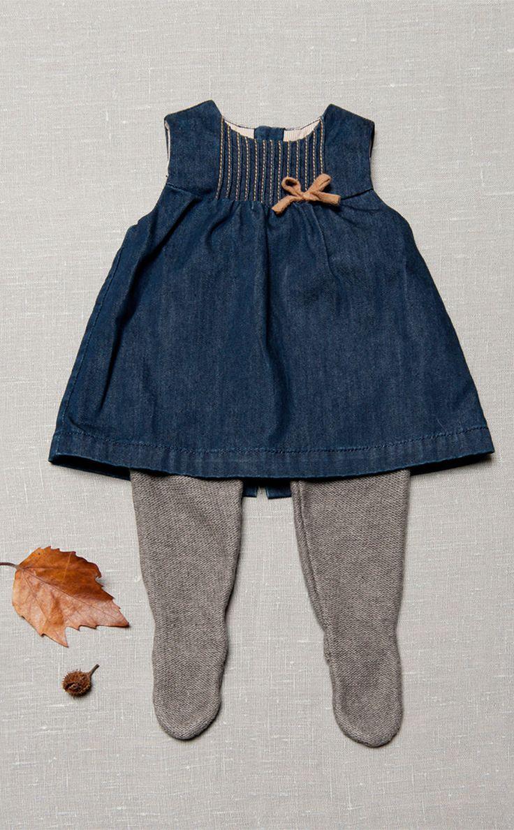 Stoere spijkerjurk met tricot broek