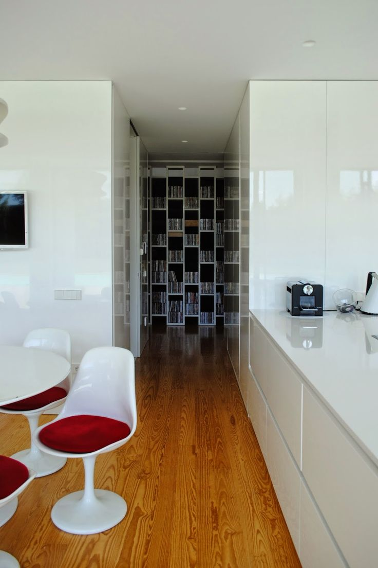 Casa+Touguinhó+II+-+Raulino+Silva+Arquitecto+028.jpg 1066×1600 píxeis
